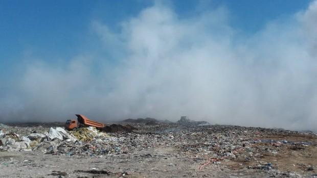 Разследват причините за пожара в Шишманци
