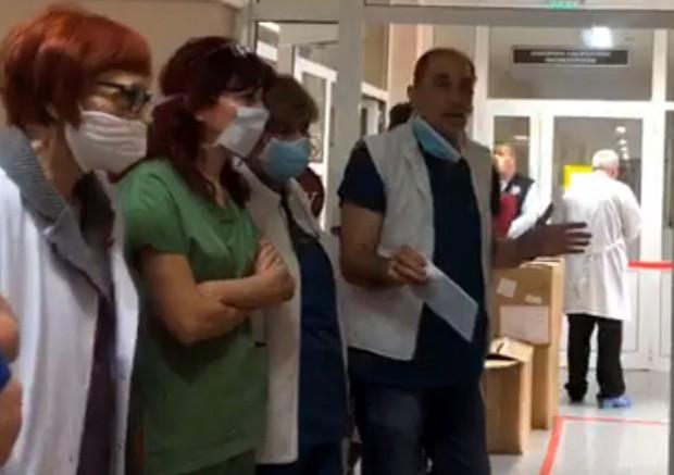 Д-р Христозов: Не искам да ви плаша, ние сме 480 човека, 80% ще посрещнат вируса!